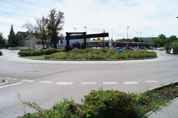 Kreisverkehr in Maria Enzersdorf